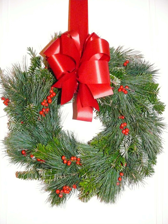Couronne de no l pour porte verte et rouge floral design - Couronne de porte pour noel ...